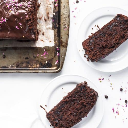 Easy and moist chocolate loaf cake with the perfect chocolate glaze