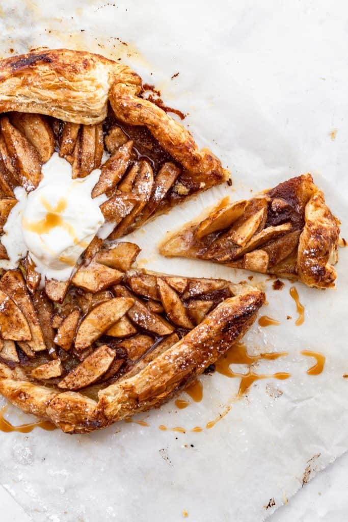 zoomed in photo of apple pear tart with slice taken out