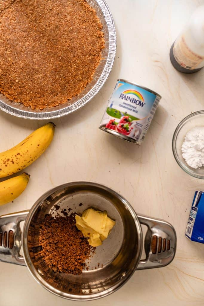 ingredients to make banoffee pie