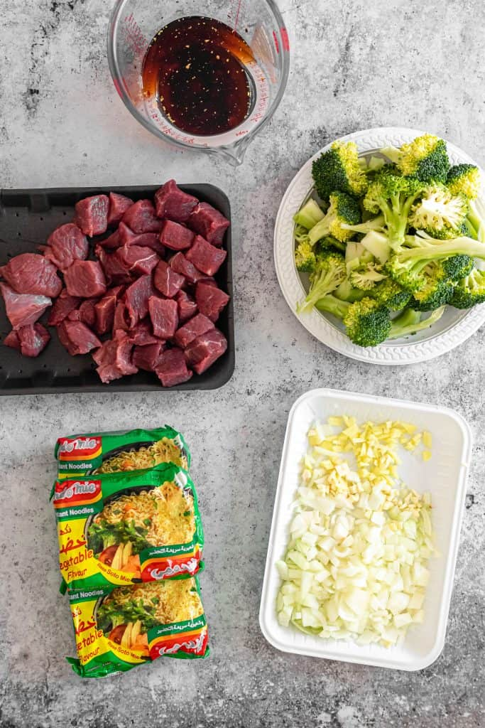 raw ingredients to make beef broccoli instant pot noodles