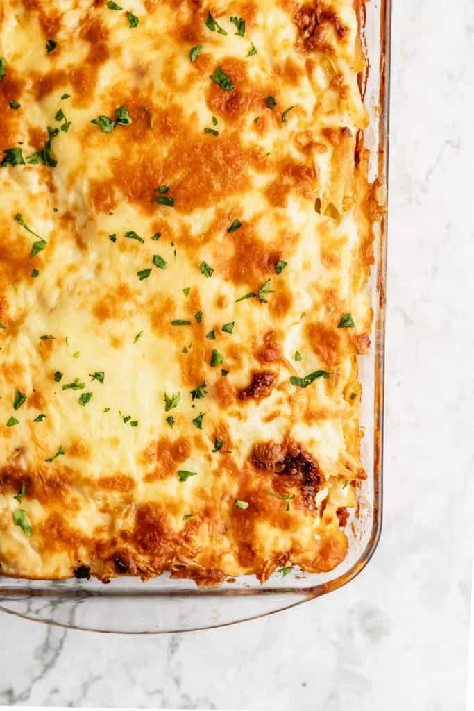 full baked pan of macaroni