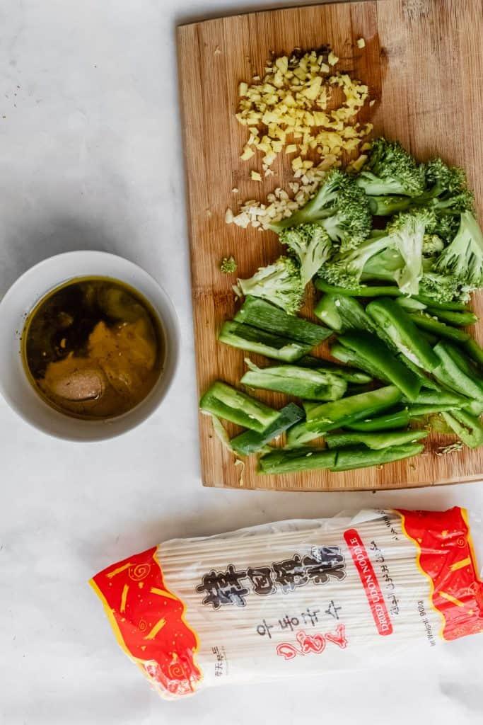 ingredients needed to make tahini pasta